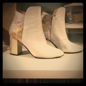 White ankle boots made in Italy